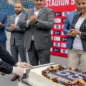 22072021---tort-65-lat-Stadionu-lskiego